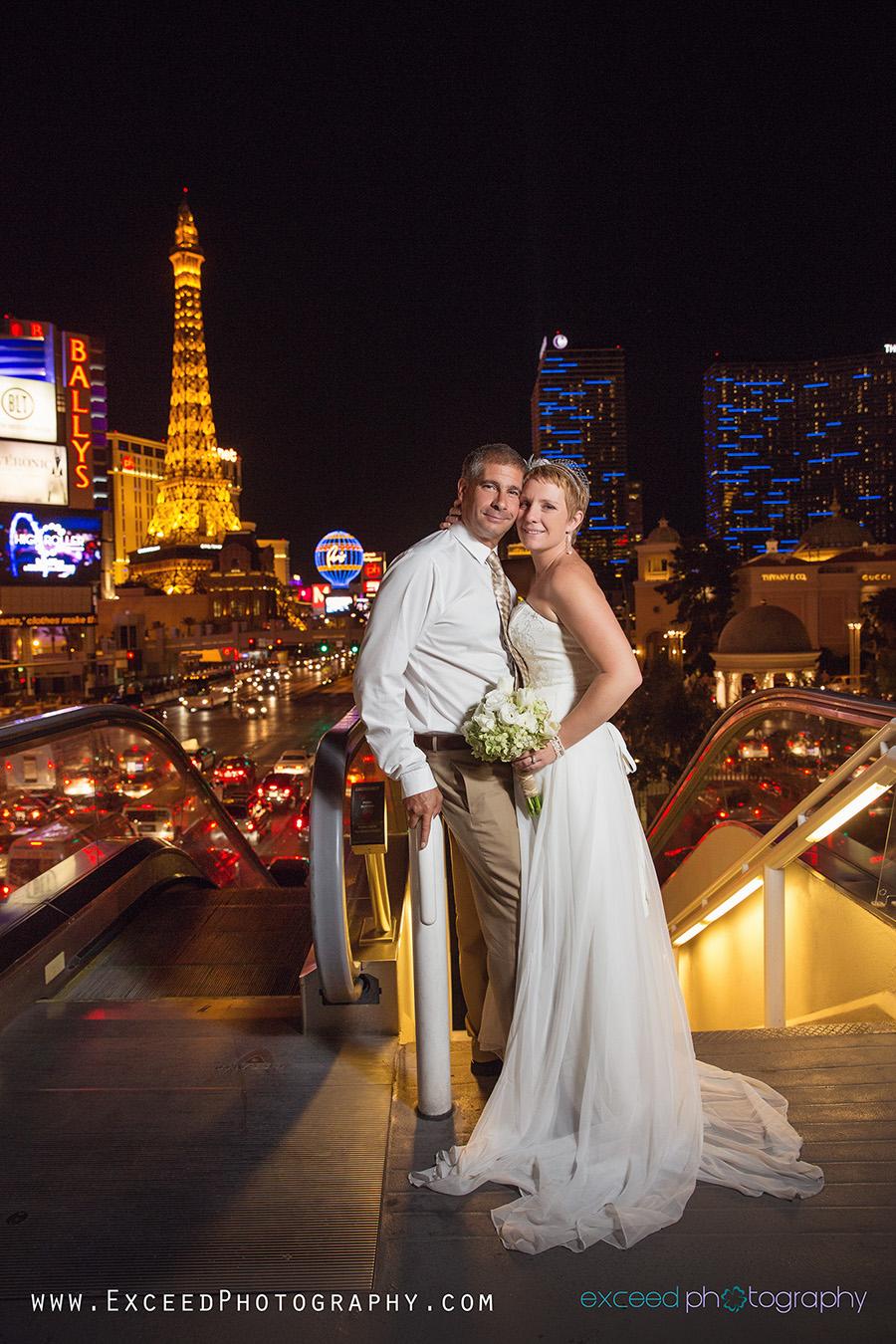 Las vegas wedding strip photo session leandra and for Wedding photography las vegas