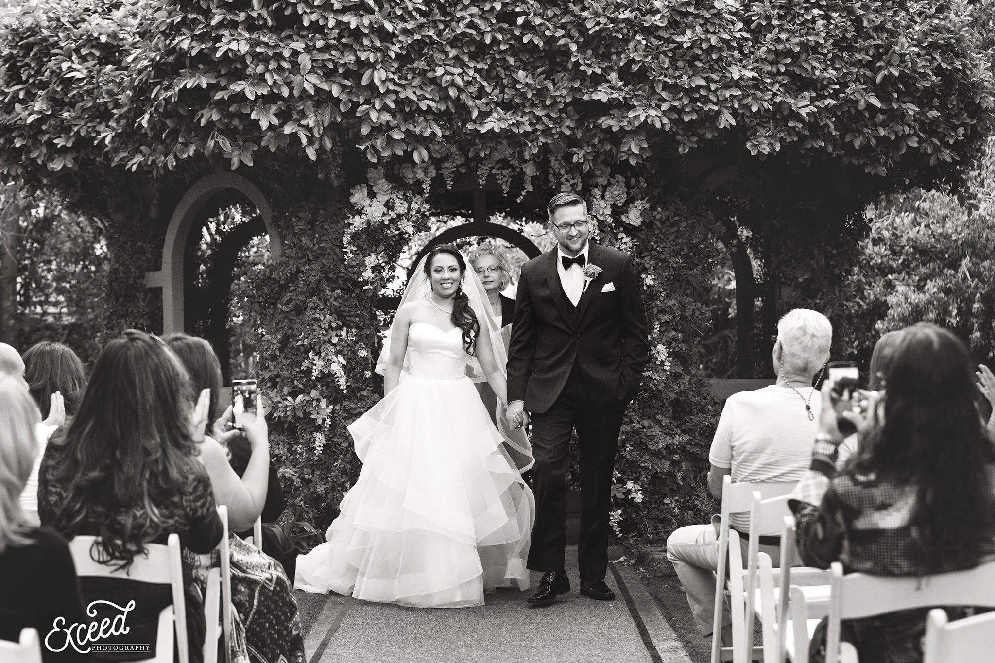 Wedding at the garden wedding chapel at the flamingo las for Wedding photography las vegas