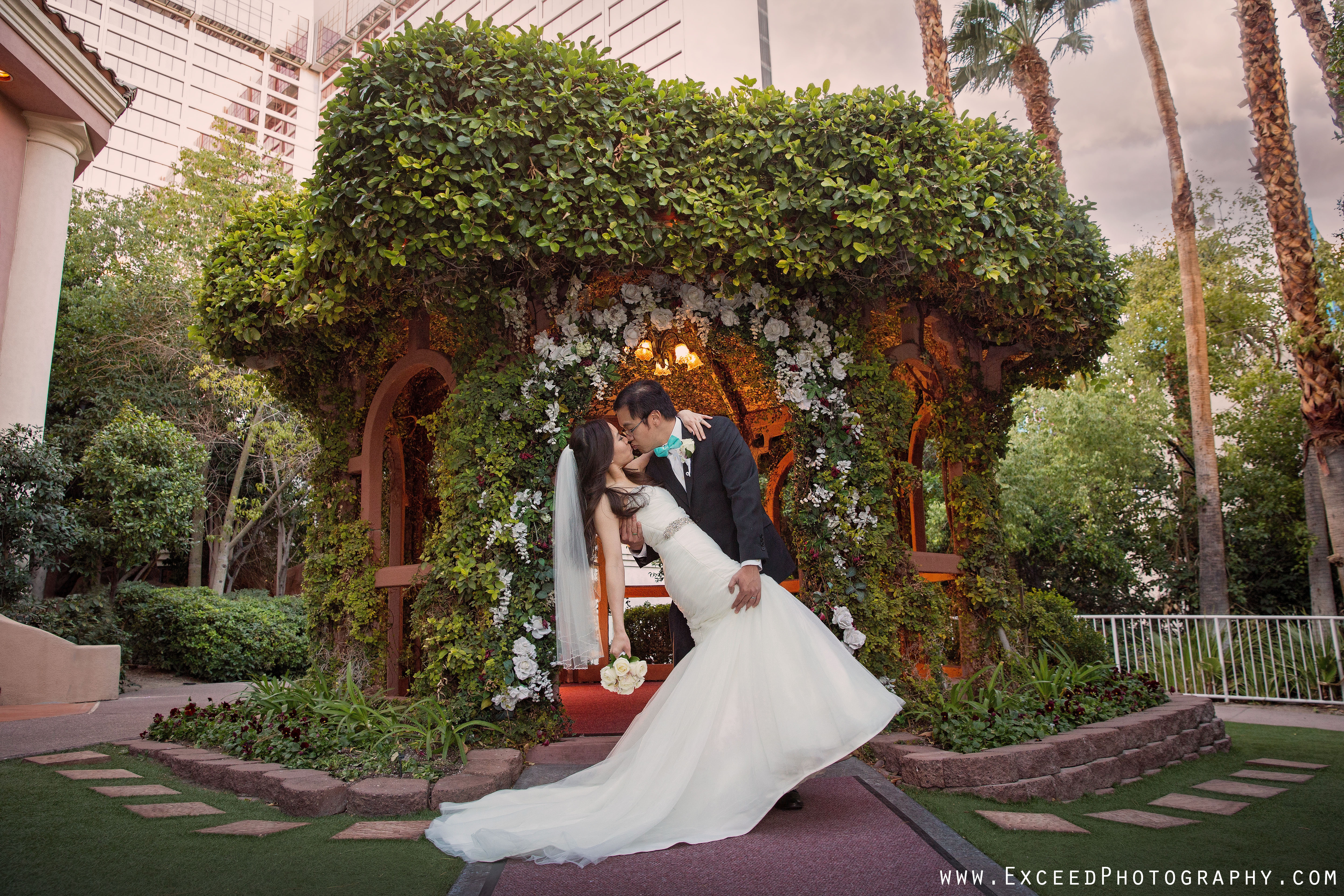 Flamingo Wedding Ceremony And The Reception At Sparklings Las Vegas