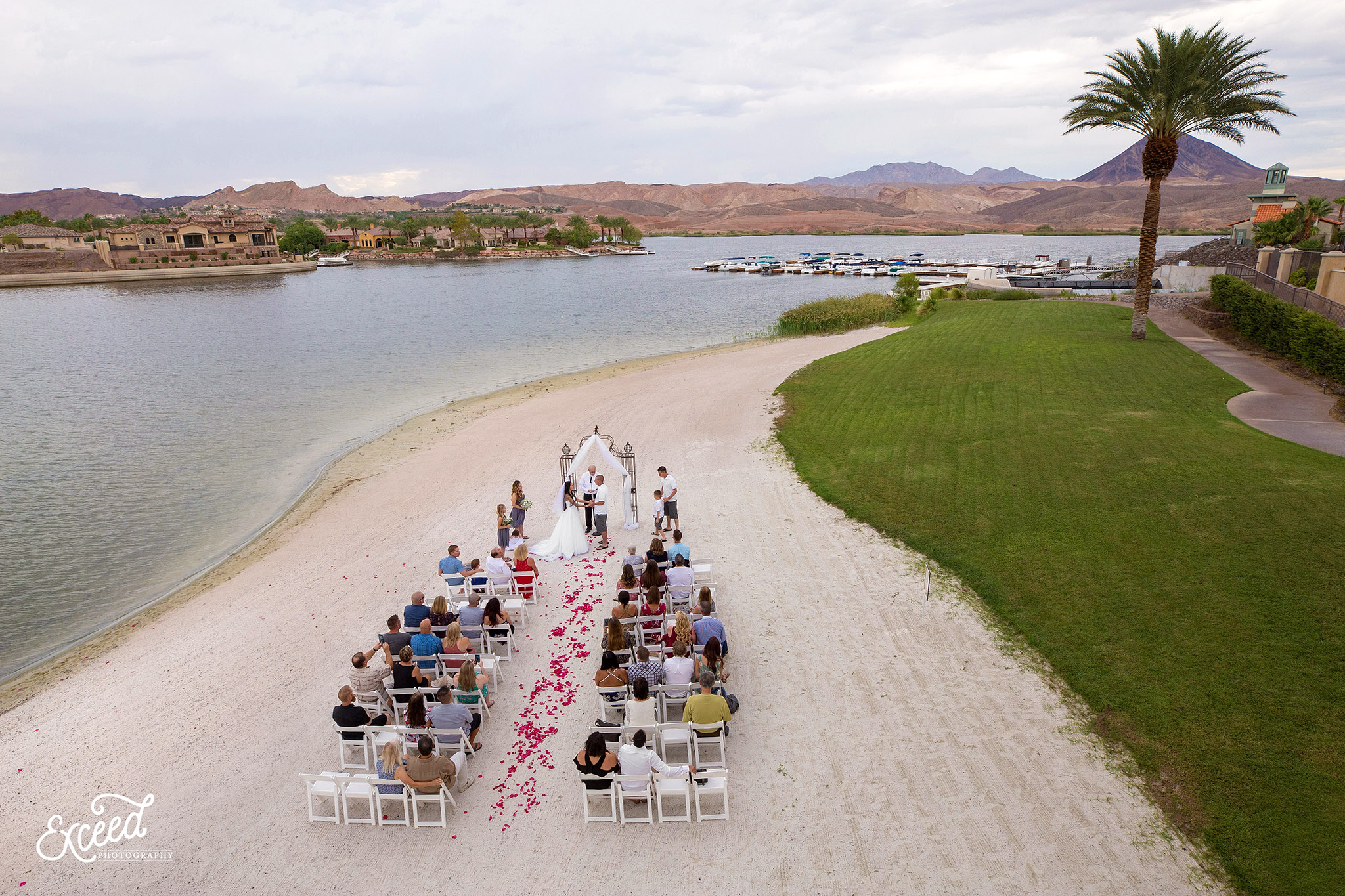 Weddings At The Lake Club Las Vegas